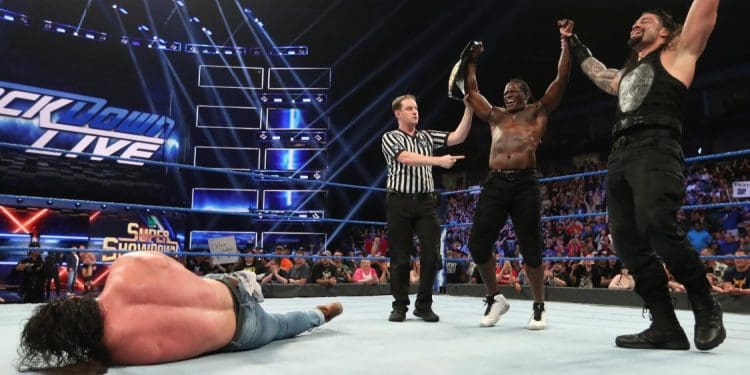 Roman Reigns está ayudando a R-Truth