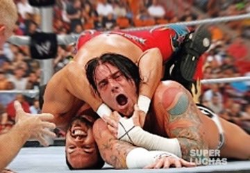 CM Punk vs Chavo Guerrero
