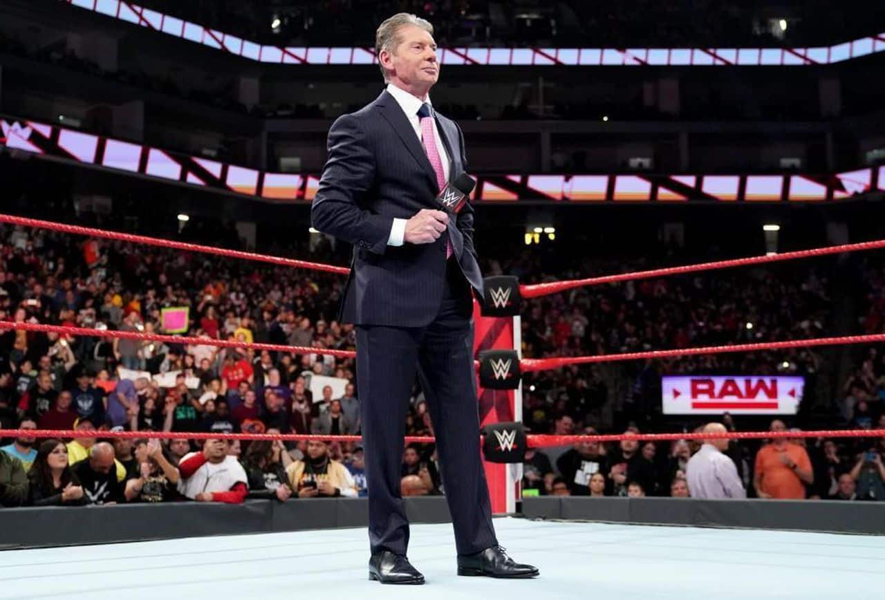 Vince McMahon el pasado lunes en Monday Night Raw (17/12/2018) - Forbes