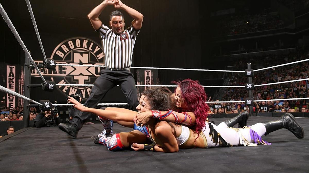 Sasha Banks vs Bayley - NXT TakeOver: Brooklin