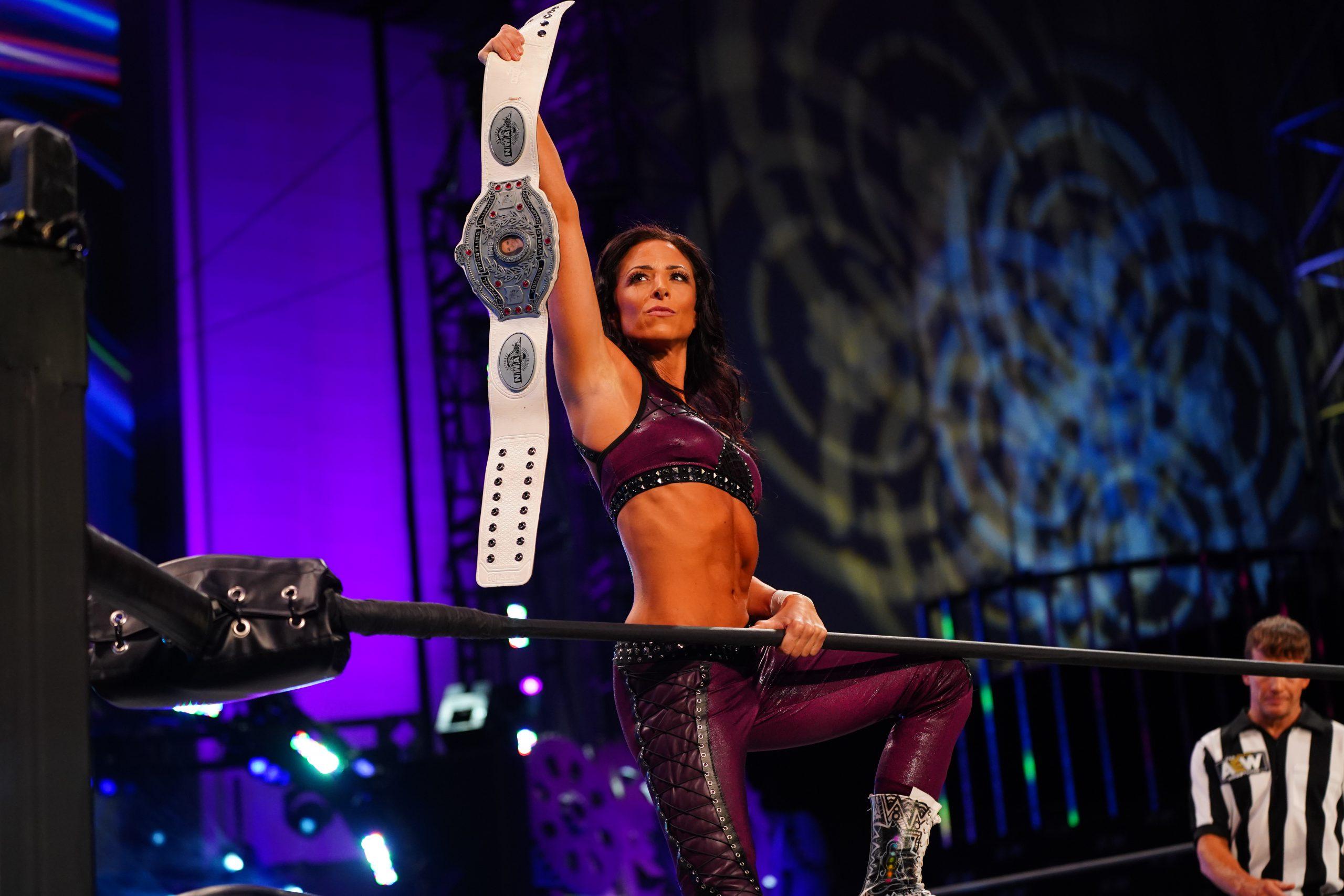 Bayley quiere luchar con una ex-WWE recién contratada por AEW | | Superluchas