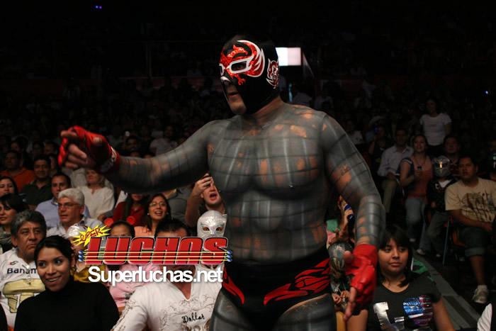 Dos Caras Jr. en su etapa de rudo en la Arena México