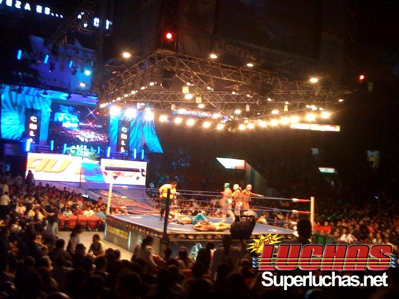 CMLL- Arena México (Cobertura y Resultados 19 marzo 2010) - Felino y Místico vs. Volador Jr. y Sombra por las máscaras 3