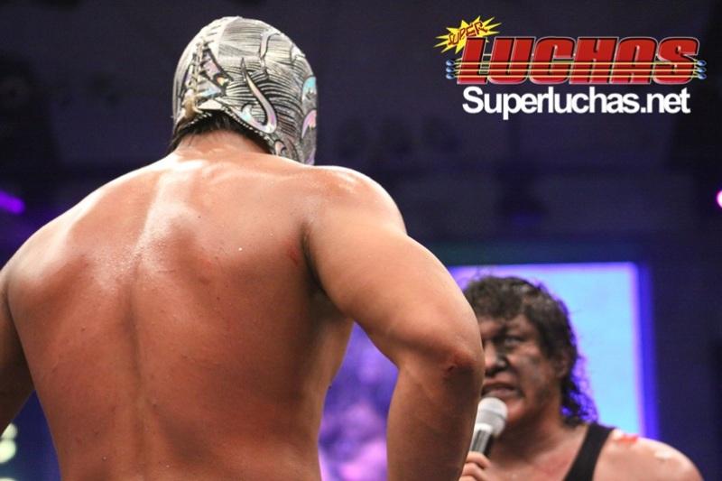 CMLL- Arena México (Cobertura y Resultados 19 marzo 2010) - Felino y Místico vs. Volador Jr. y Sombra por las máscaras 1