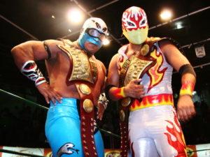 Arena Coliseo (resultados 24 de Octubre) Stuka Jr. y Fuego retienen el campeonato de parejas de la Arena Coliseo 4