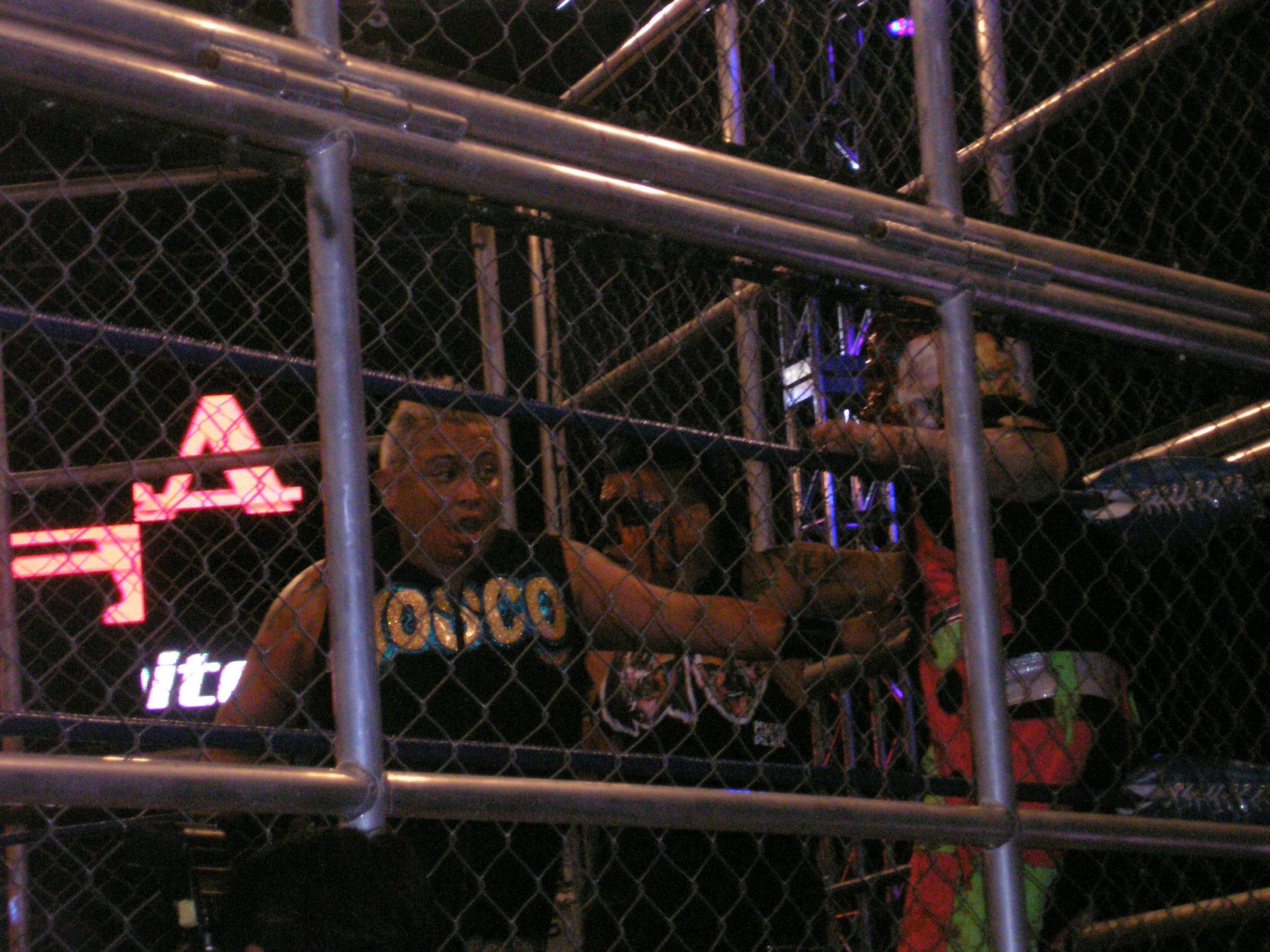 AAA Verano de Escándalo 2011 (resultados 31 de Julio) ¡Jeff Jarrett retiene con la ayuda del Zorro enmascarado!- X- Fly pierde la cabellera- Pimpinela nueva Reina de reinas 1