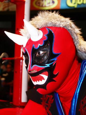 Imágenes: Se presenta Namajague y reaparece Black Warrior en la Arena Coliseo (5 de feb.) 24