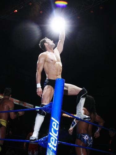 Prince Devitt en La Arena México/ imagen cmll.com