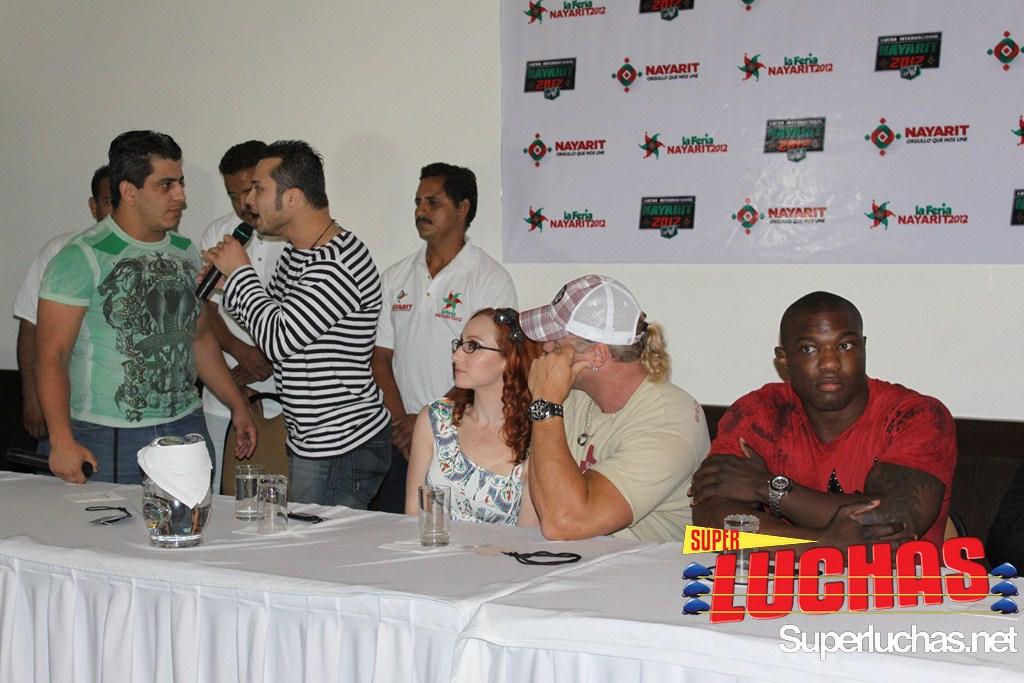 Conferencia de prensa Nayarita 2012/ foto de Rostro Oculto