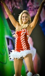 Kelly Kelly en el Tribute to the Troops 2010 / Photo by Shamsuddin Muhammad - Creative Commons License