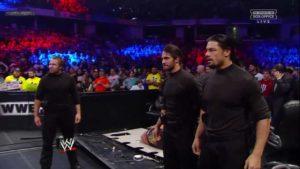 The Shield (Seth Rollins, Dean Ambrose y Roman Reigns) atacan a Ryback en WWE Survivor Series 2012