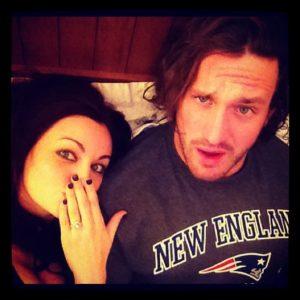 Maria Kanellis y Mike Bennett se comprometen (28/11/2012) / Twitter.com/MariaLKanellis