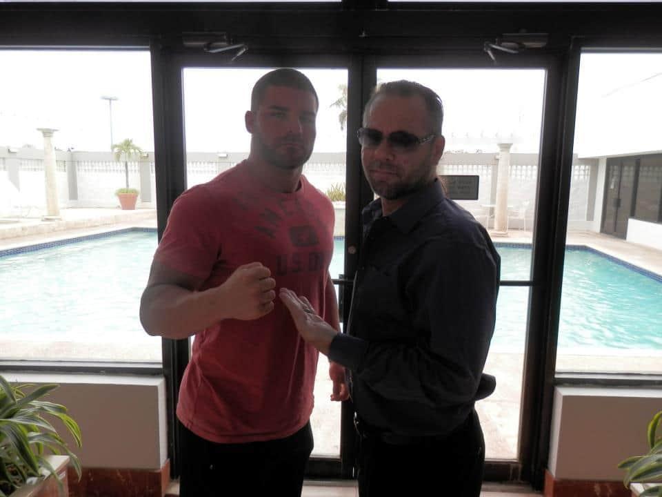 """Bobby Roode y Rico Casanova, el Campeón Mundial de DWE, en Puerto Rico, listos para WWL """"Idols of Wrestling"""" / 20 de abril de 2013 / Photo by WWL Mundial en Facebook"""