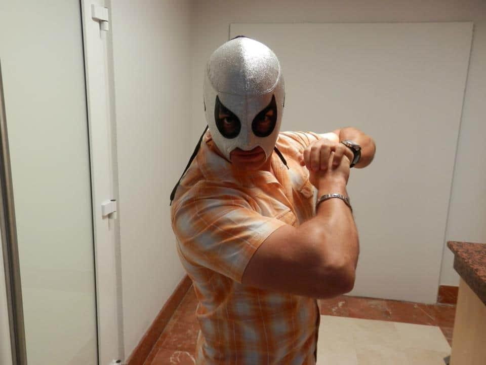 """Axel """"El Nieto del Santo"""" en Puerto Rico, listo para WWL """"Idols of Wrestling"""" - 20 de abril de 2013 / Photo by WWL Mundial en Facebook"""