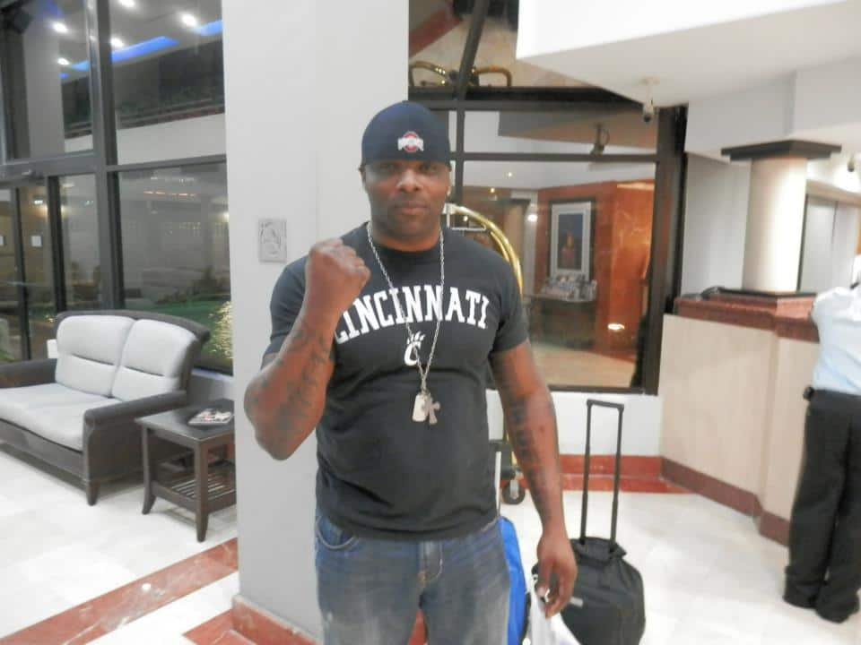 "Michael Tarver en Puerto Rico, listo para WWL ""Idols of Wrestling"" / 20 de abril de 2013 / Photo by WWL Mundial en Facebook"