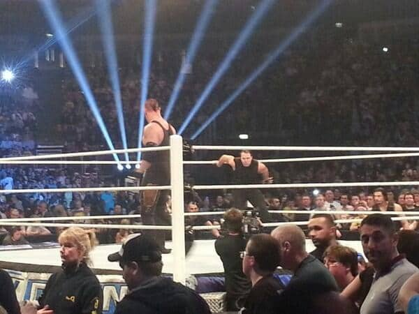 The Undertaker vs Dean Ambrose