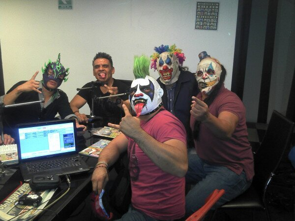 Fénix, Halloween y Los Psycho Circus (Psycho Clown, Murder Clown y Monster Clown) / Photo by @Psychooriginal en Twitter