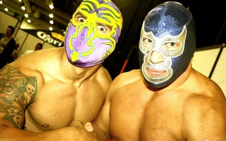 Zumbi y Blue Demon Jr. / Photo by @zumbibrasil en Twitter