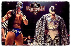Sicodélico, Jr. y Mil Máscaras en el WWL's World Dream Matches Tour en Monterrey, Nuevo León (7/7/13) / Photo by: Angelus Infernum - Cortesía de WWL (World Wrestling League)