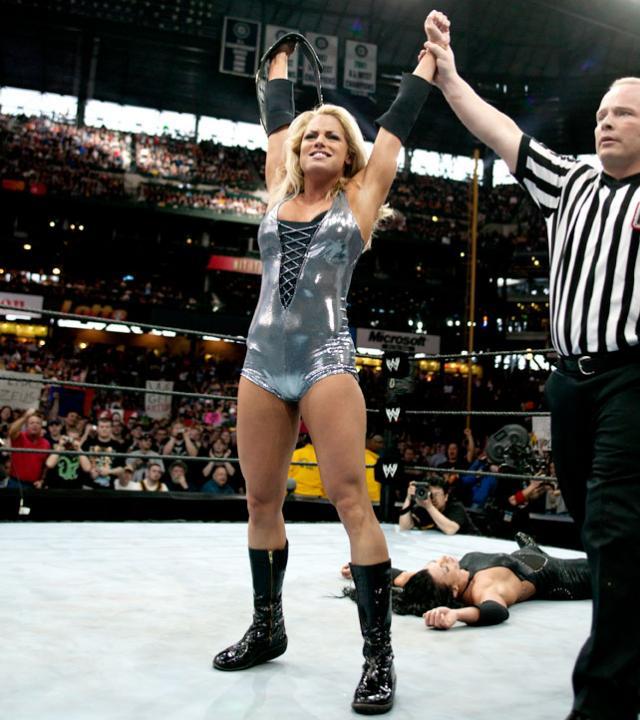 Cinco grandes luchas femeniles en la historia de WrestleMania 2