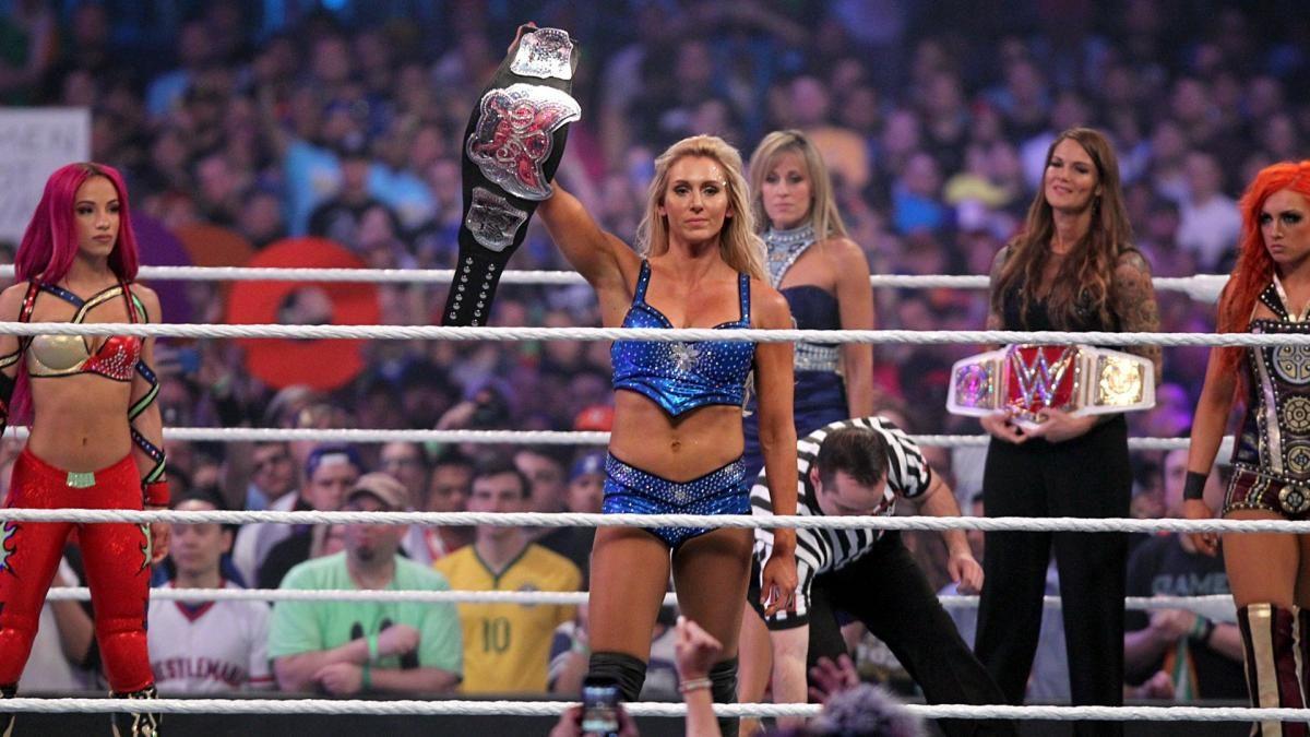 Cinco grandes luchas femeniles en la historia de WrestleMania 4