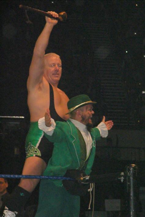 Finlay estuvo en un evento en vivo de la WWE 5