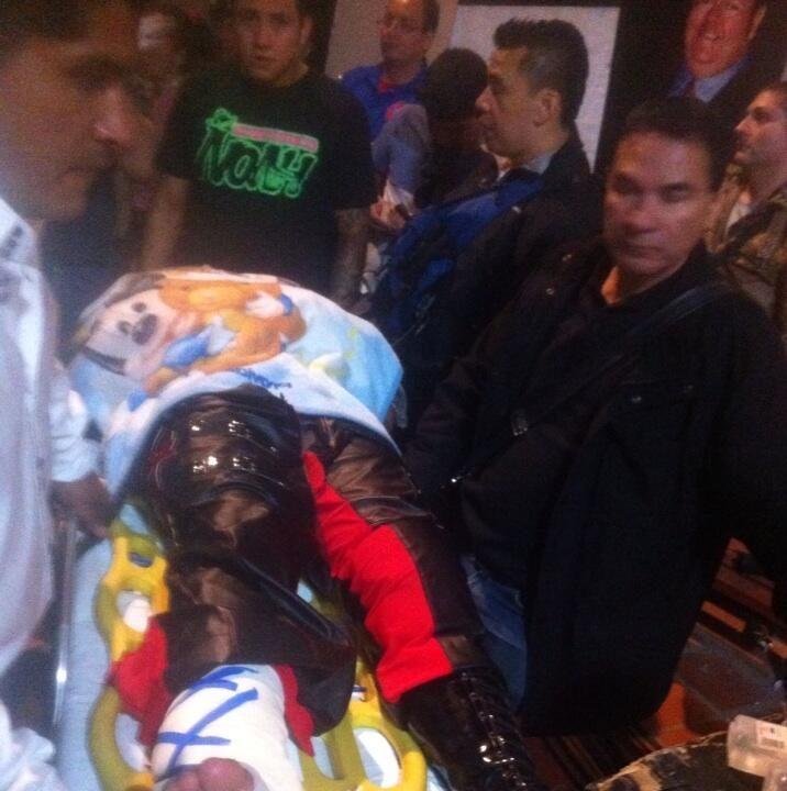 ¡Eterno se lesiona en Aguascalientes! - #LaAnarquía @luchalibreaaa 10