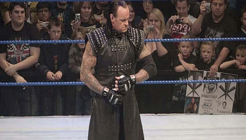 Vídeos WWE: The Undertaker acepta el #IceBucketChallenge 1