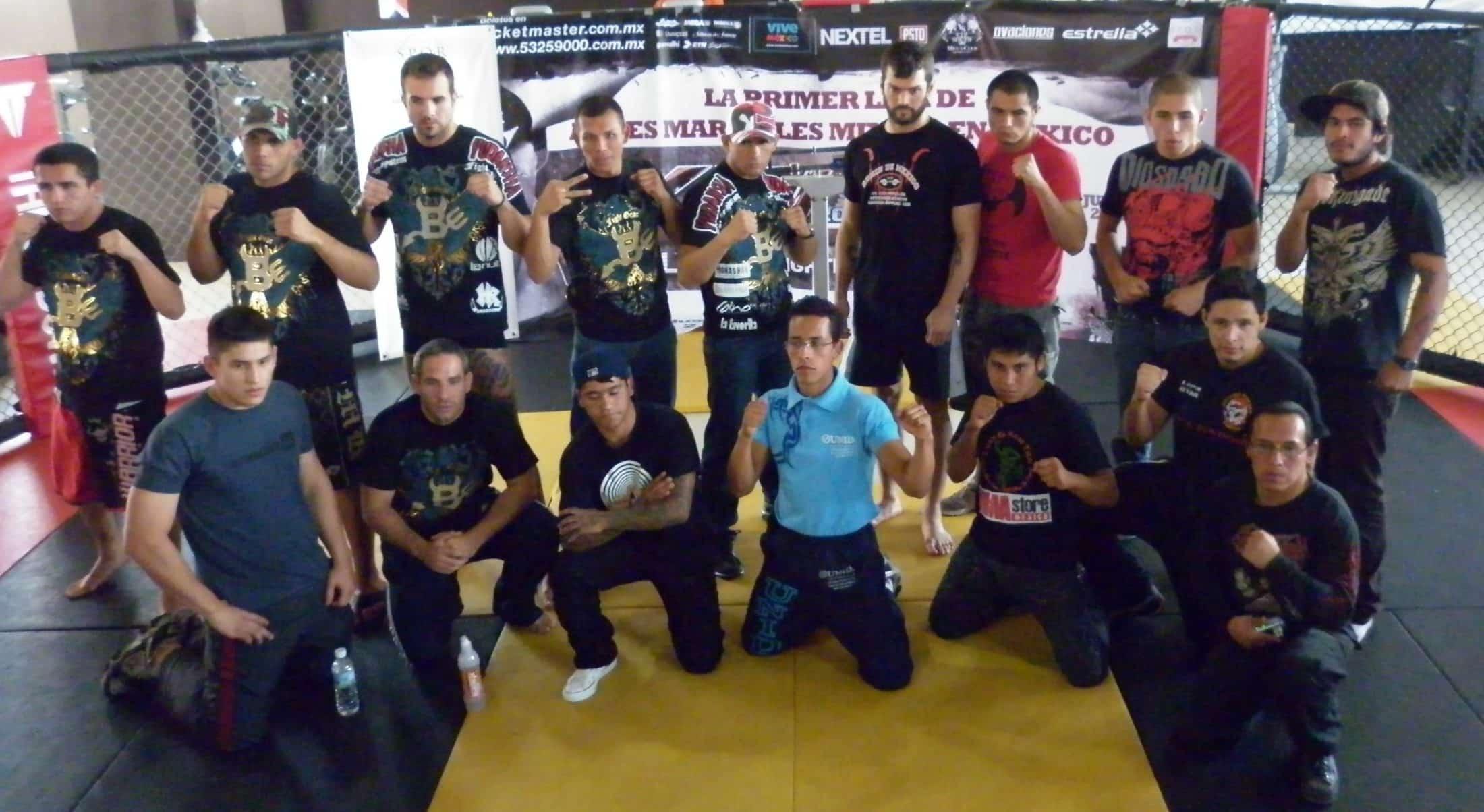 Peleadores de Xtreme Fighters Latino tras su subida a la báscula / Imager cortesía de Xtreme Fighters Latino en exclusiva para Súper Luchas